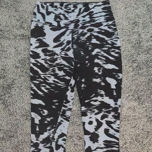 Cropped Nike Leggings
